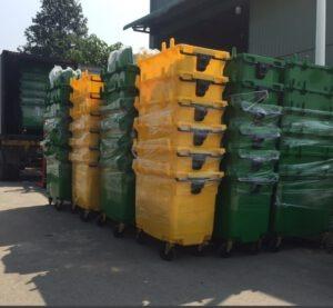 Xe lưu trữ rác thải y tế 660 lít
