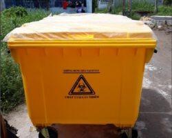 xe đẩy rác 660 lít màu vàng