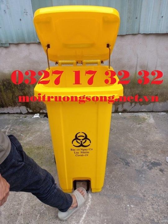 Thùng rác nhựa 120 lít đạp chân