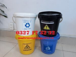 xô đựng rác y tế 5L