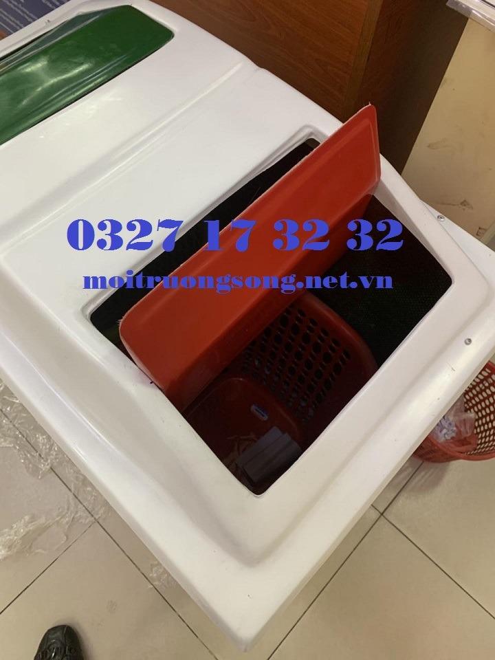thùng rác 2 ngăn composite