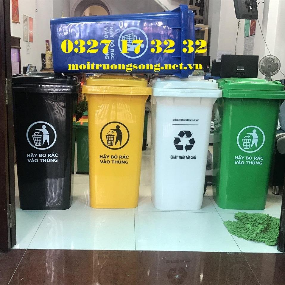 Thùng rác công cộng 240l nắp kín