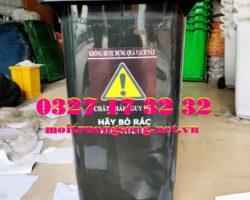 thùng rác y tế 240l màu đen